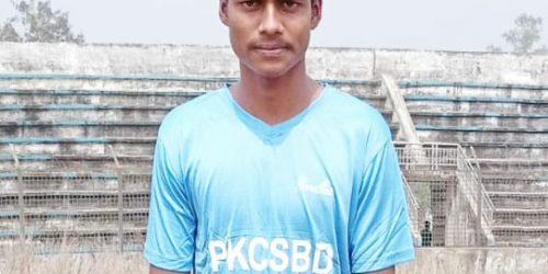 জাতীয় ক্রিকেট দলে খেলার স্বপ্ন দেখছেন বড়লেখার আবু হাসান